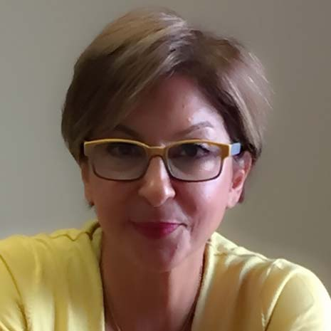Roya Yazdi